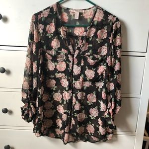 Blouse with rose design